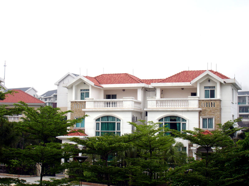 同时,西瓦的屋面装饰效果慢慢得到世界各国建筑设计师的追捧和广大人